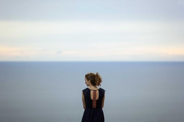 hình ảnh buồn cô đơn con gái