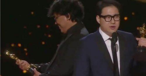 Những khoảnh khắc hài hước tại Oscar 2020 khiến cộng đồng mạng rạo rực