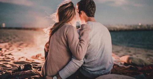 Top 101+ stt hay về tình yêu lãng mạn, ngọt ngào nhất